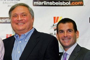 Florida Marlins Introduce Ozzie Guillen as New Manager